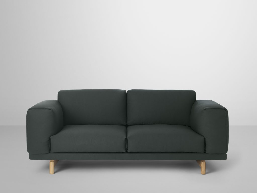 muuto rest sofa collectie project meubilair. Black Bedroom Furniture Sets. Home Design Ideas